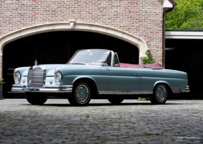 1963 Mercedes-Benz 220 SEb Cabriolet