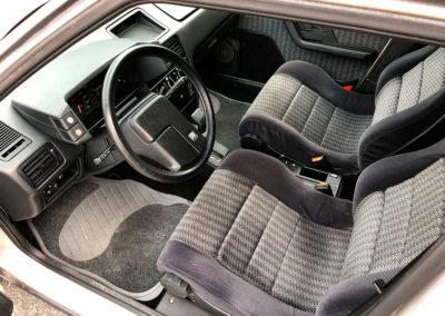 1989 Citroen BX 19 GTI vue intérieure