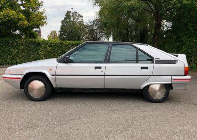 1989 Citroen BX 19 GTI vue latérale côté gauche