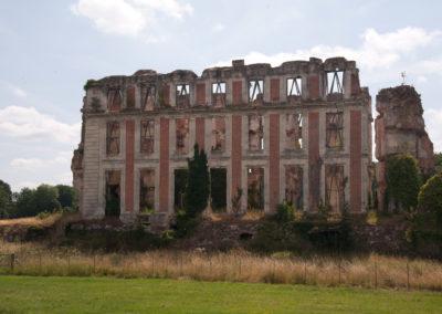 Les ruines du château de la Ferté Vidame
