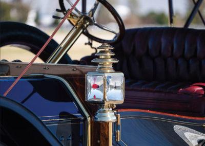 1908 Oldsmobile Limited Prototype détail de l'éclairage - Hershey Auction.