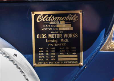 1908 Oldsmobile Limited Prototype plaque constructeur - Hershey Auction.