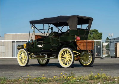 1908 Stanley Model M Five-Passenger Touring vue trois quarts arrière gauche - Hershey Auction.