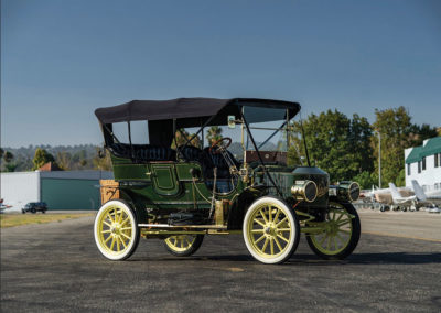 1908 Stanley Model M Five-Passenger Touring vue trois quarts avant droit - Hershey Auction.