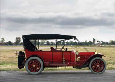 1912 Locomobile Model 48 M Five-Passenger Torpedo une carrosserie pas très aérodynamique - Hershey Auction.