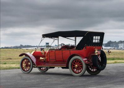 1912 Locomobile Model 48 M Five-Passenger Torpedo vue trois quarts arrière gauche - Hershey Auction.