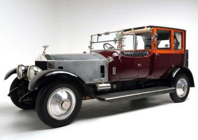 1920 Rolls-Royce Silver Ghost vue trois quarts avant gauche.
