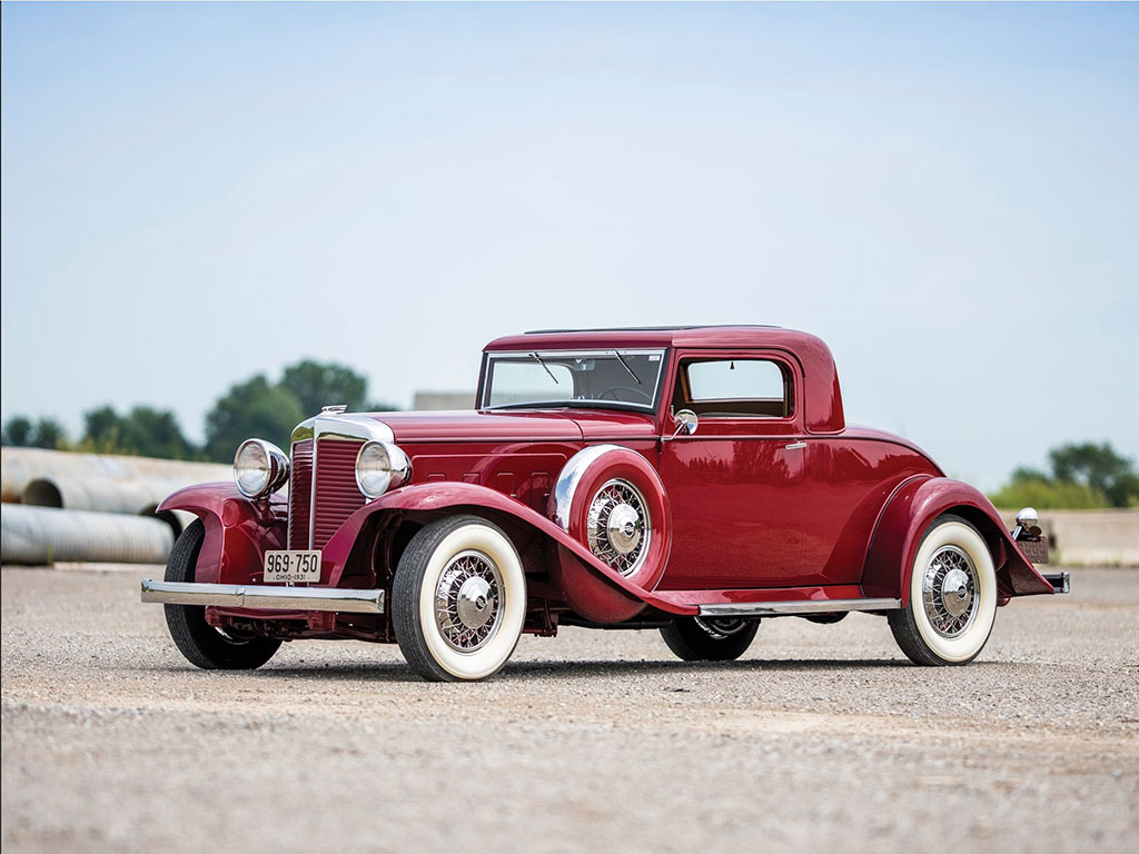 1931 Marmon Sixteen Coupe by LeBaron vue trois quarts avant gauche - Hershey auction.