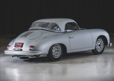 1957 Porsche 356 A Carrera GT Speedster Reutter vue trois quarts arriere hardtop en place - Taj Ma Garaj.