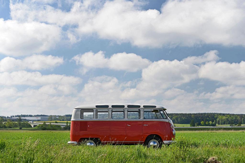 1965 Volkswagen Type 2 T1 Samba 21 Window Microbus - Bonhams Chantilly