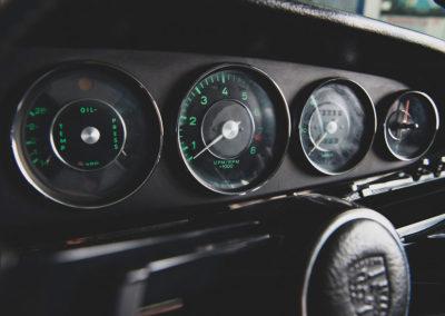 1967 Porsche 911 S Coupe détail du tableau de bord - Taj Ma Garaj.