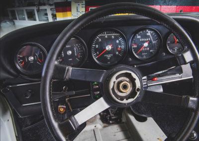 1973 Porsche 911 Carrera RS 2.7 Touring tableau de bord - Taj Ma Garaj.