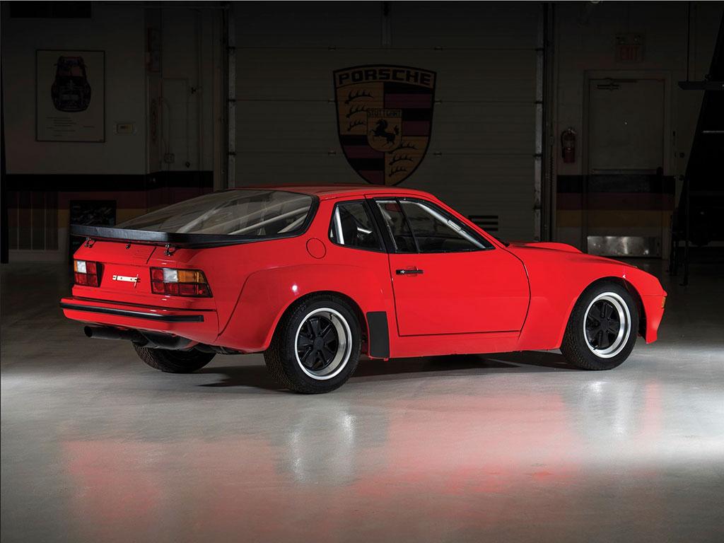 1981 Porsche 924 Carrera GTS Clubsport vue trois quarts arrière droit - Taj Ma Garaj.
