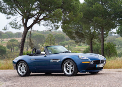 2001 BMW Z8 - Sold for 165 600.