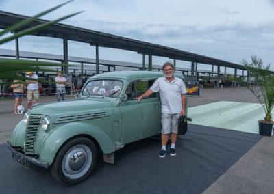 Concours d'État, Renault Juva 4