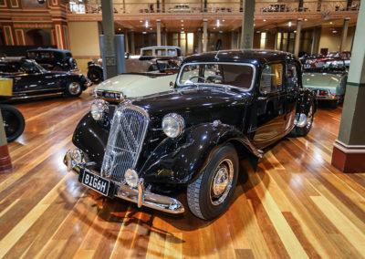 Motorclassica Melbourne 2019 - Prix Classique Après-Guerre Fermée - 1955 Citroen Big GH Sedan.