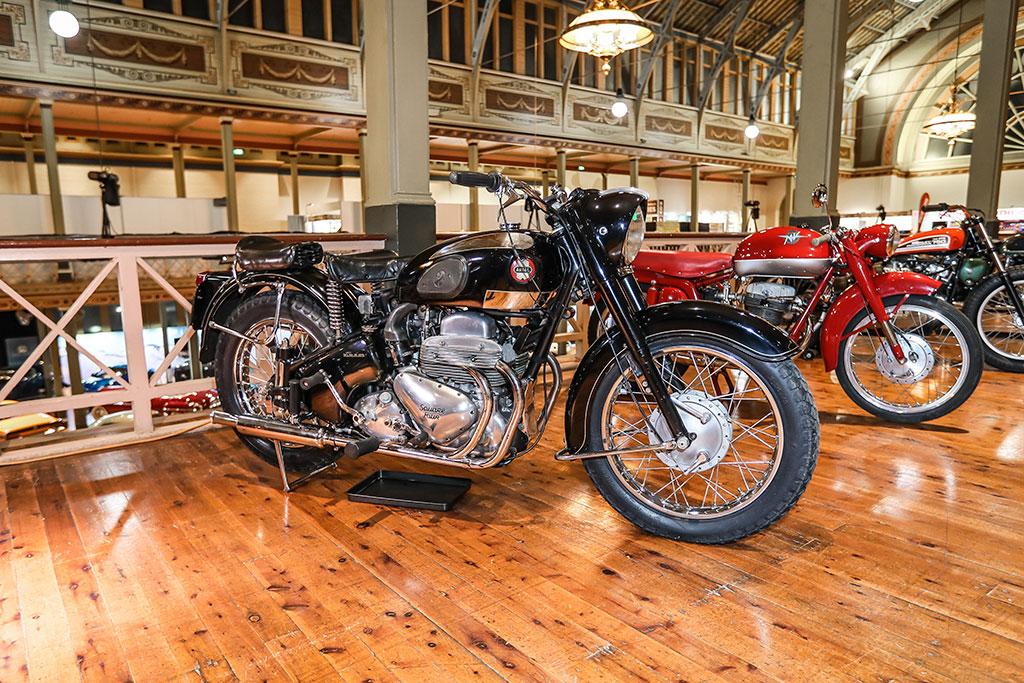 Motorlcassica Melbourne 2019 - Prix de la meilleure préservation moto - 1959 Ariel Square Four.