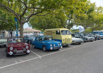 Renault R8 Gordini, Peugeot D3, SM, Traction et Jaguar