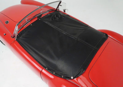 1957 MGA 1500 Mk1 Roadster couvre-tonneau estimation AUD 35,000-45,000.