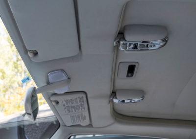 1991 Nissan Figaro commandes du toit découvrable.