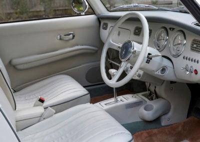 1991 Nissan Figaro poste de conduite.