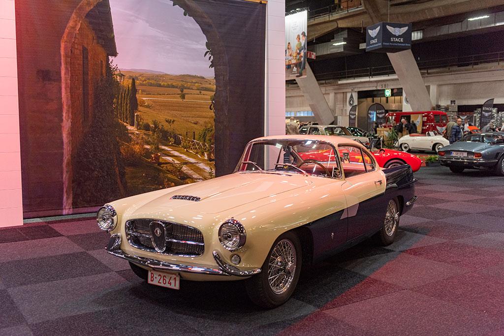 1955 Jaguar XK 140 vue trois quarts avant gauche - Carrozzeria Ghia