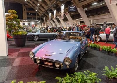 1965 GT 1500 vue trois quarts avant gauche - Carrozzeria Ghia