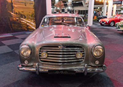 1950 Alfa Romeo 6C 2500 Sport vue de face - Carrozzeria Pininfarina.