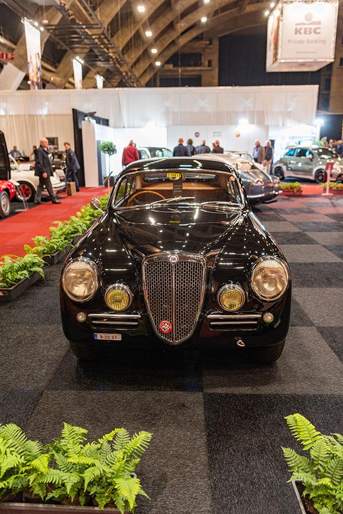 1953 Lancia Aurelia B20 GT vue de face - Carrozzeria Pininfarina.