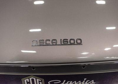 1962 Fiat 1600 S OSCA Fissore Coupé gros plan sur loigo OSCA 1600 - Collectors