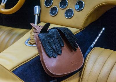 Gants de conduite pour femme, cuir Agneau couleur Nero.