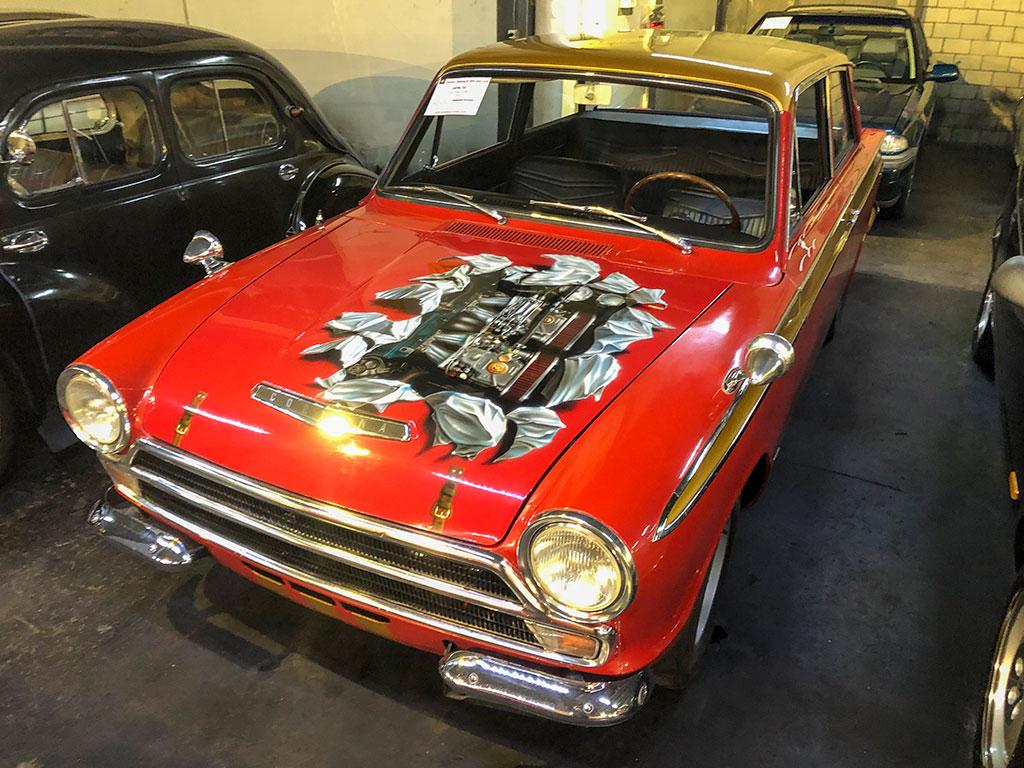 1965 Ford Cortina GT Mk I à la galerie Toffen pour la première vente aux enchères 2020 en Suisse.