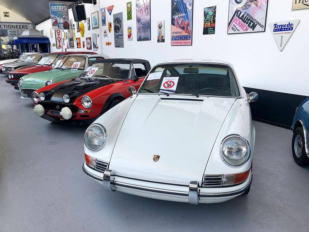 1970 Porsche 911 T 2.2 pour la vente aux enchères de la Galerie Toffen.