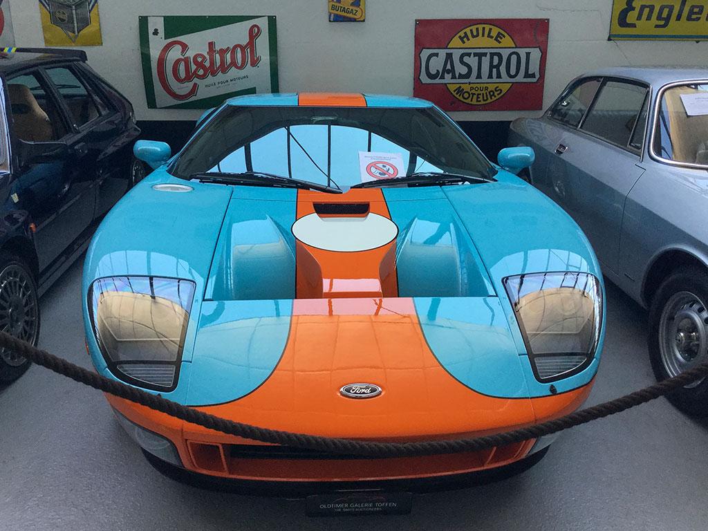 2006 Ford GT Heritage Edition vous attend à l'Oldtimer Galerie de Toffen.
