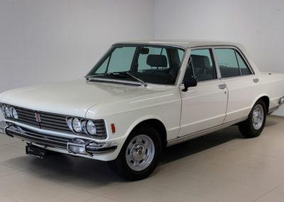 1973 Fiat 130 Berlina 3200 Automatic en concurrence avec la Mercedes-Benz 450 SEL 6.9.