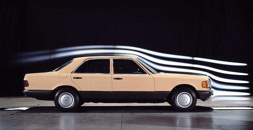 1979-1992 Mercedes-Benz - Étude de l'aérodynamique pour une plus faible résistance dans l'air.