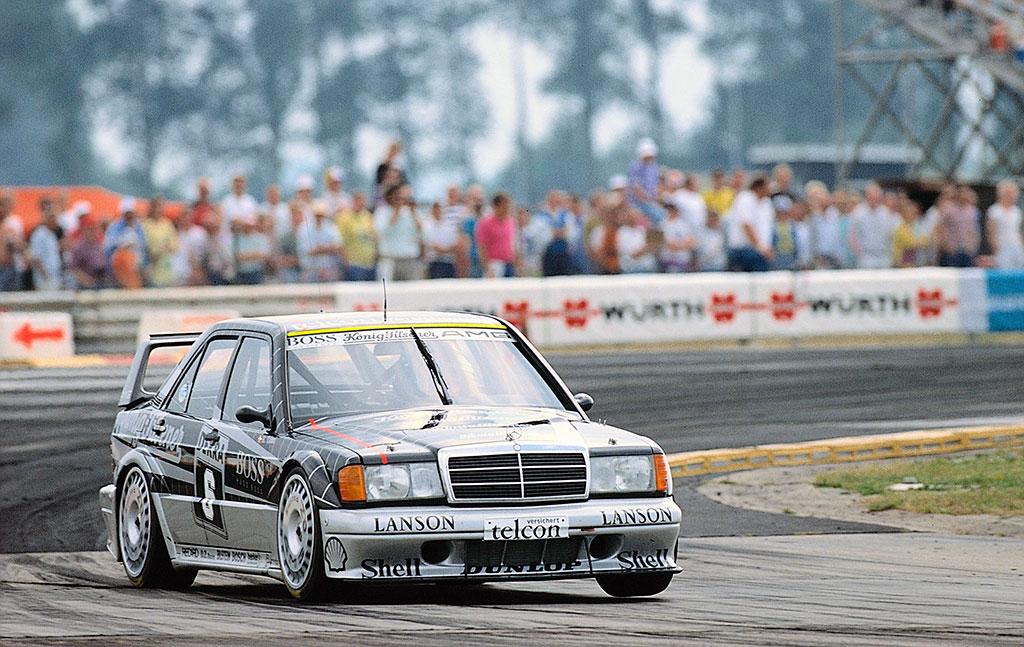 1990 Kurt Thiim gagne sur 2.5-16 EVO II DTM à Diepholz Airfield Race.
