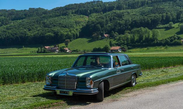 Bien loin du mouvement de 1968, la Mercedes-Benz 300 SEL 6.3