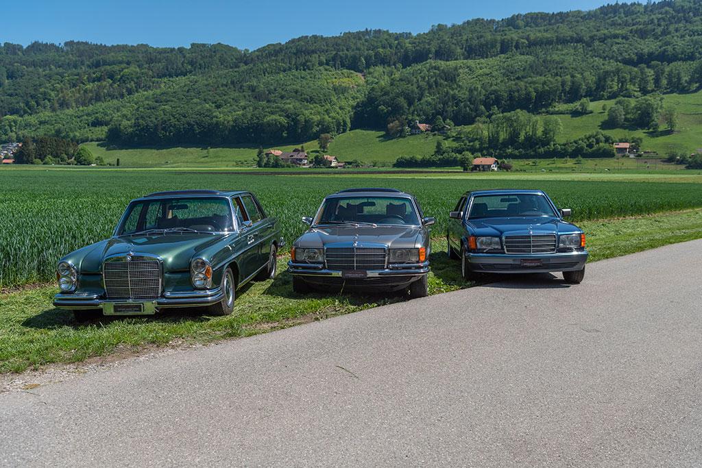 Mercedes-Benz 300 SEL 6.3 W109 en compagnie de sa descendance W116 et W126 - vue depuis l'avant.