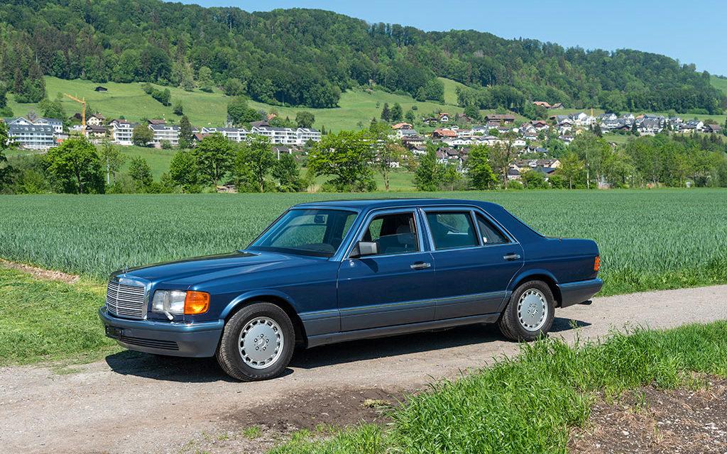 Mercedes-Benz 560 SEL   Une reine sans nul doute