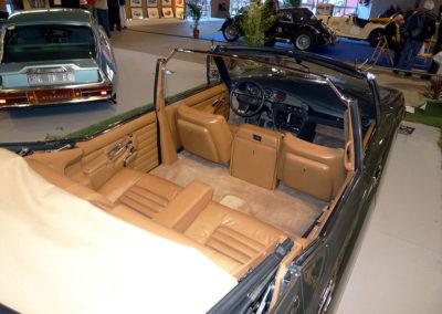 Citroën SM Présidentielle 3 PR 75 vue du strapontin traducteur entre sièges avant
