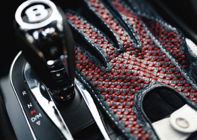 Bespoke Driving Gloves DarkBlue Red Ivory - Console Bentley.