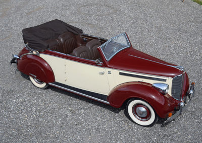 1938 Dodge D8 Cabriolet Langenthal - The Swiss Auctioneers - 17 octobre 2020