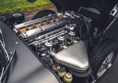 1961 Jaguar E-Type 3.8 Series 1 FHC Flat-Floor Chassis N° 60 vue moteur côté droit