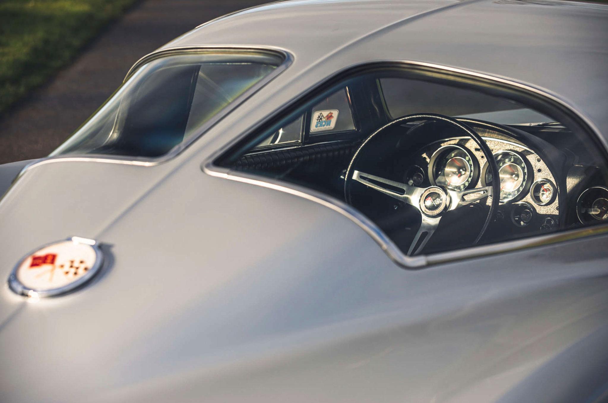 1963 Chevrolet Corvette C2 Split-Window détail de la Split-Window.