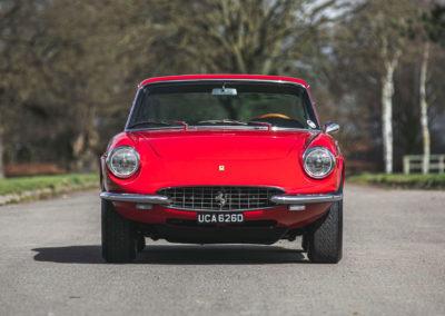 1968 Ferrari 330 GTC face avant.