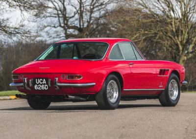 1968 Ferrari 330 GTC vue trois quarts arrière droit.