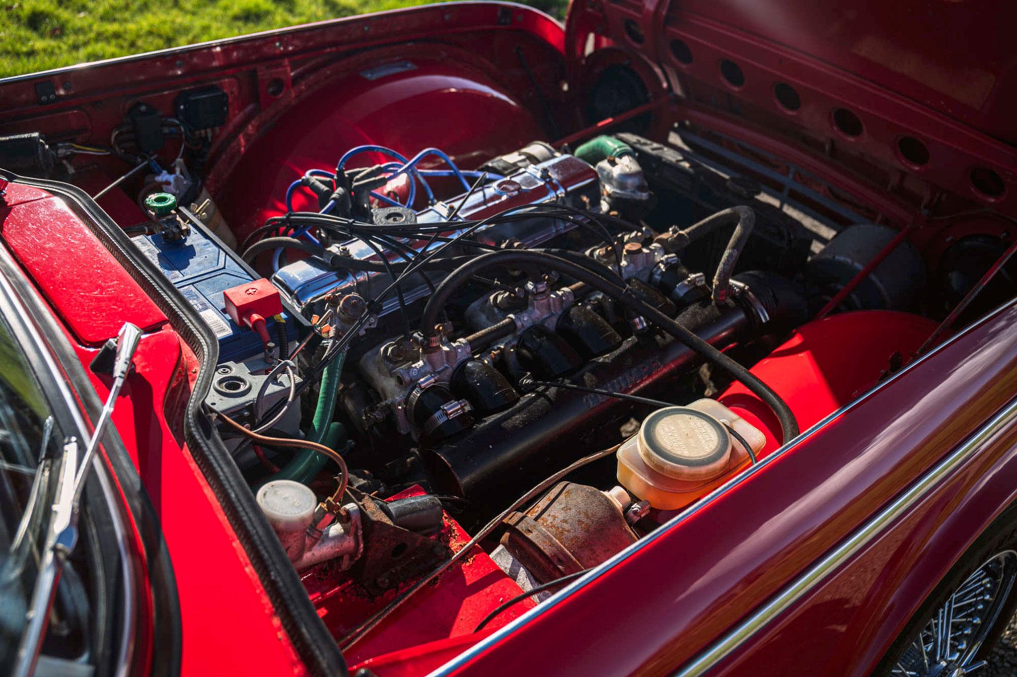 1968 Triumph TR5 moteur 2.5-Litre 6 cylindres en ligne 150 chevaux