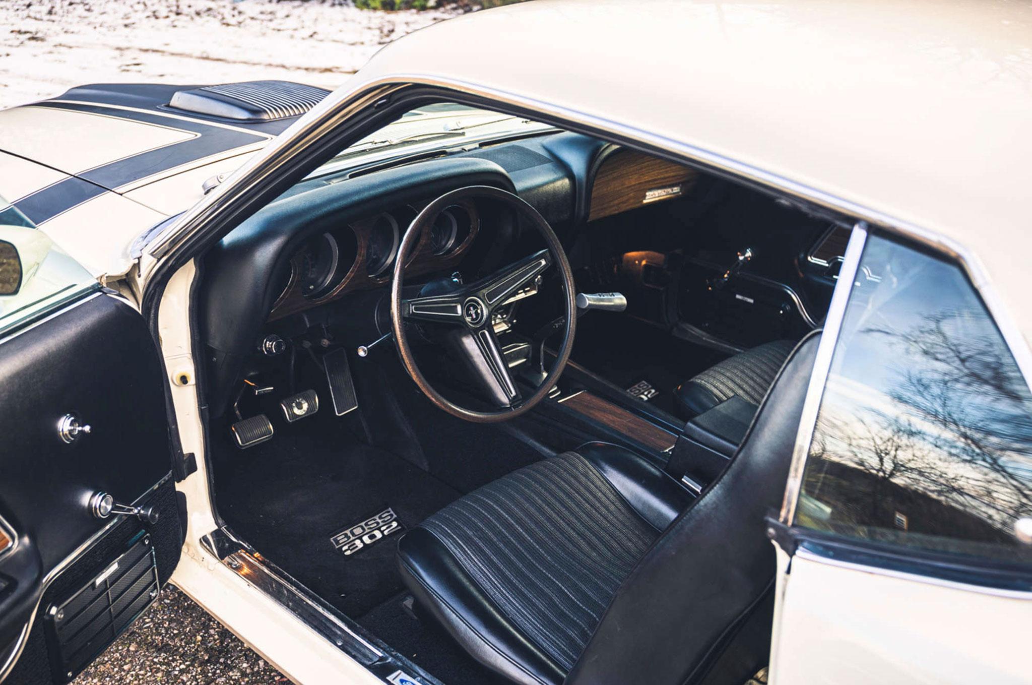 1970 Ford Mustang Boss 302 poste de conduite.