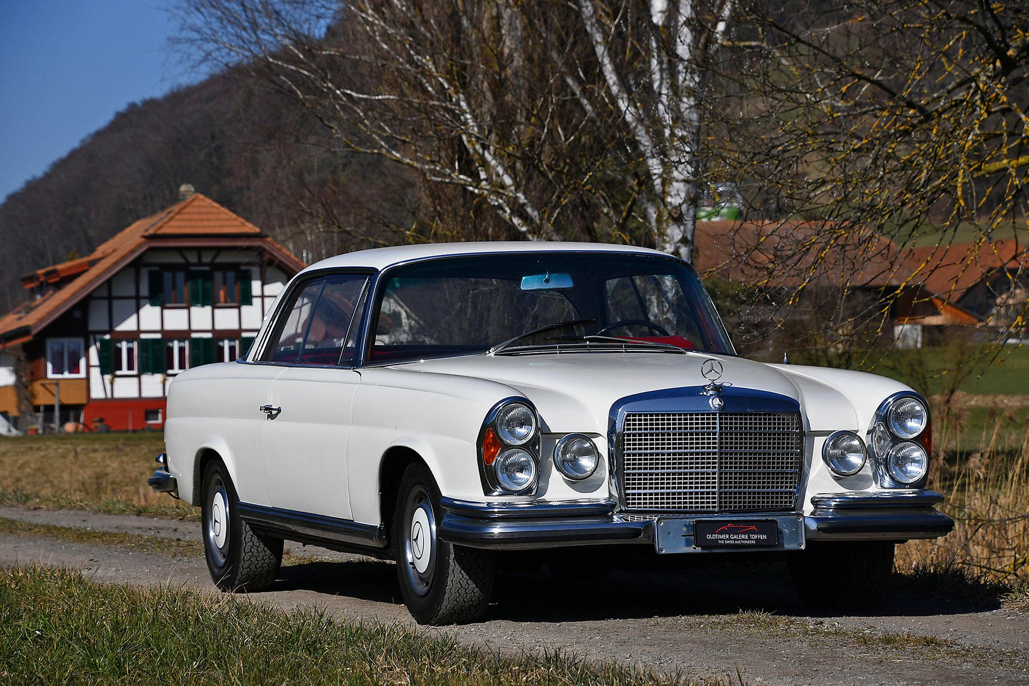 1972 Mercedes 280 SE 3.5 Coupé - Oldtimer Galerie.
